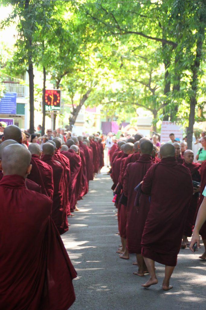 Cérémonie moine - Amarapura - Myanmar