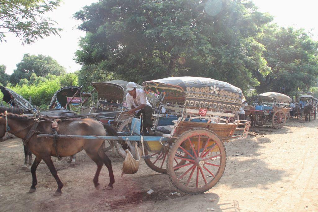 Calèche à Inwa - Myanmar