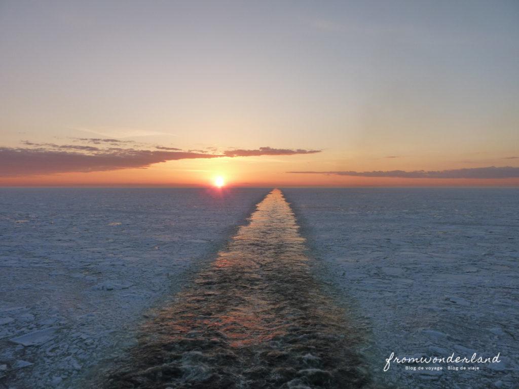 Coucher de soleil mer gelée