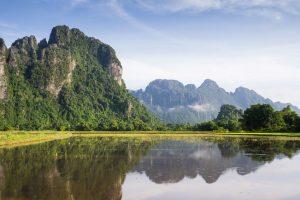 les monts karstiques au Laos