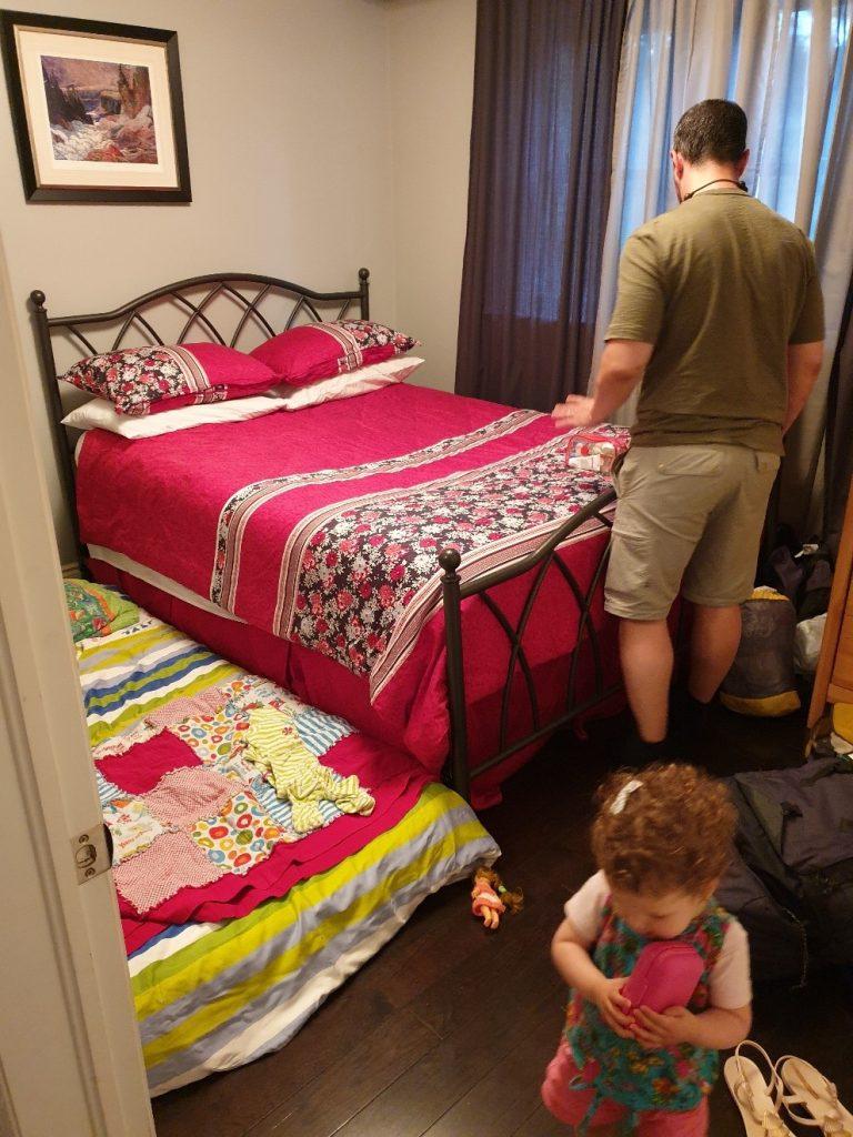 La chambre en Couchsurfing à Toronto