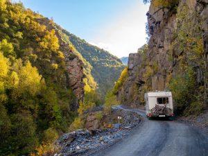 Les routes de l'extrême pour aller à Ushguli, le village le plus haut d'Europe