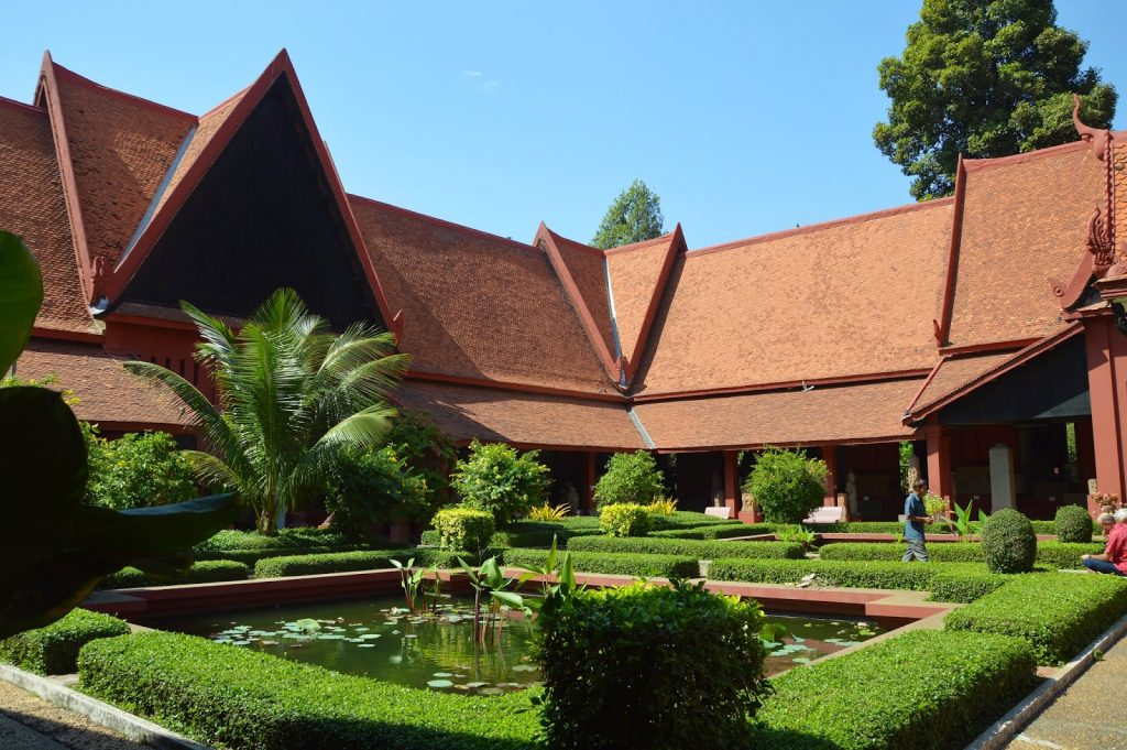 Patio du musée national de Phnom Penh