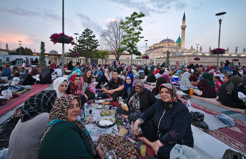 Repas en Turquie avec les locaux