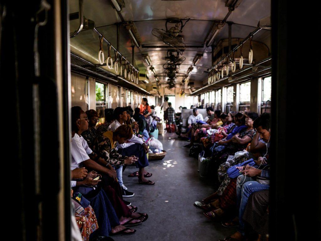 Voyager en Asie en Train : Birmanie