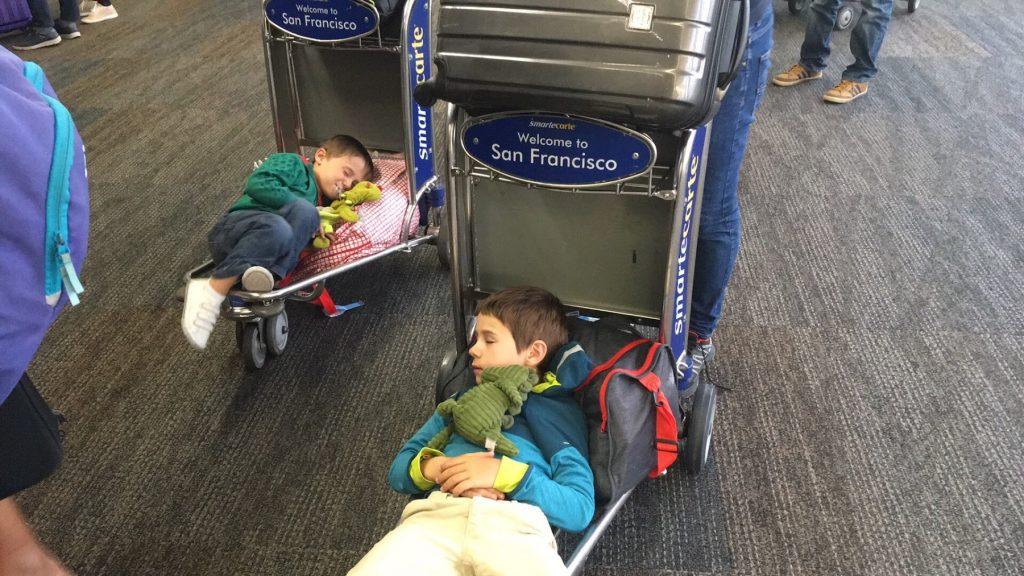 Voyager avec les enfants : l'aéroport
