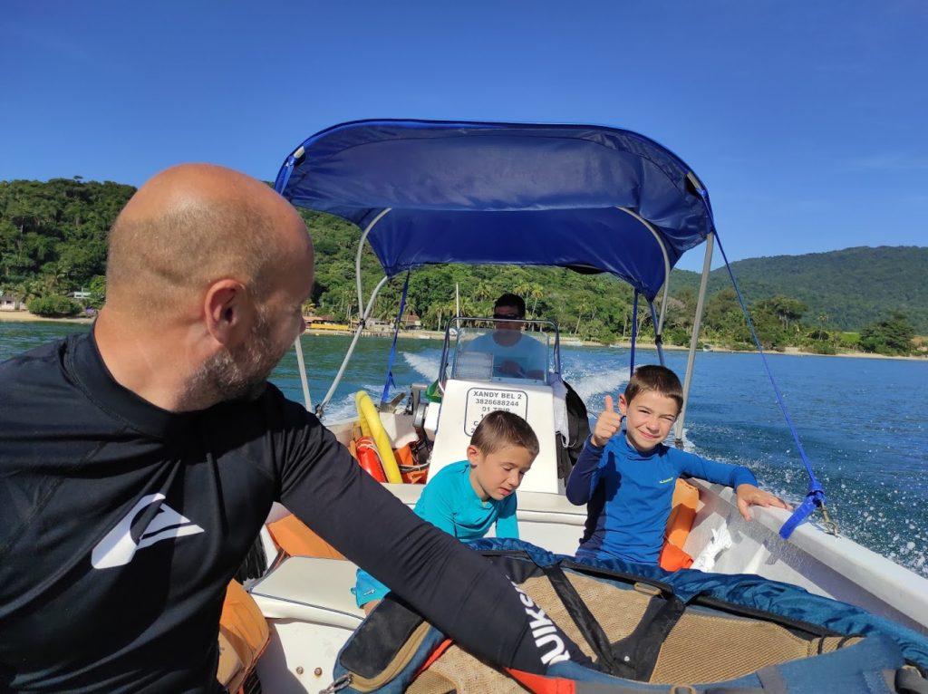 Voyager avec les enfants en bateau